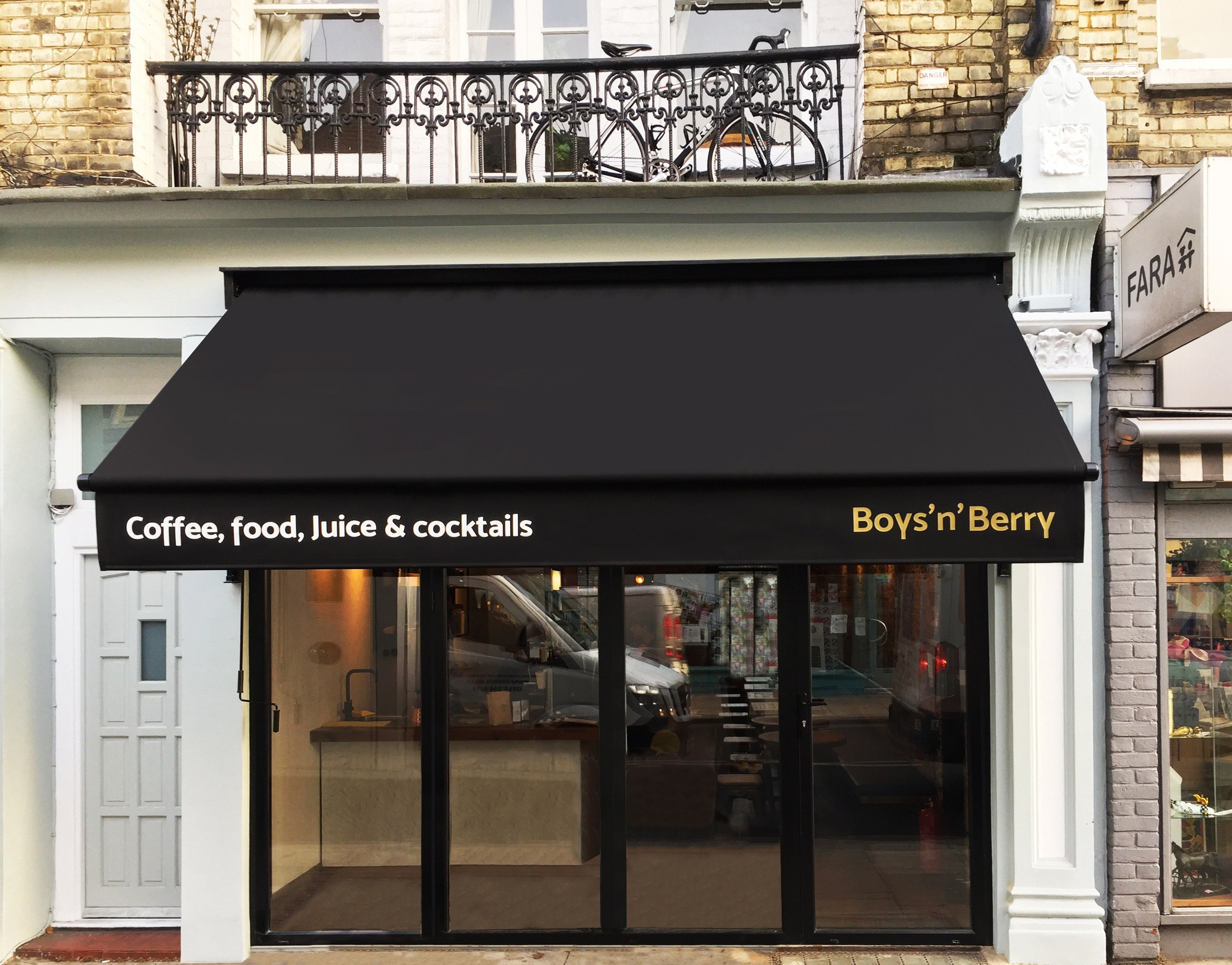 Awning boys n Berry