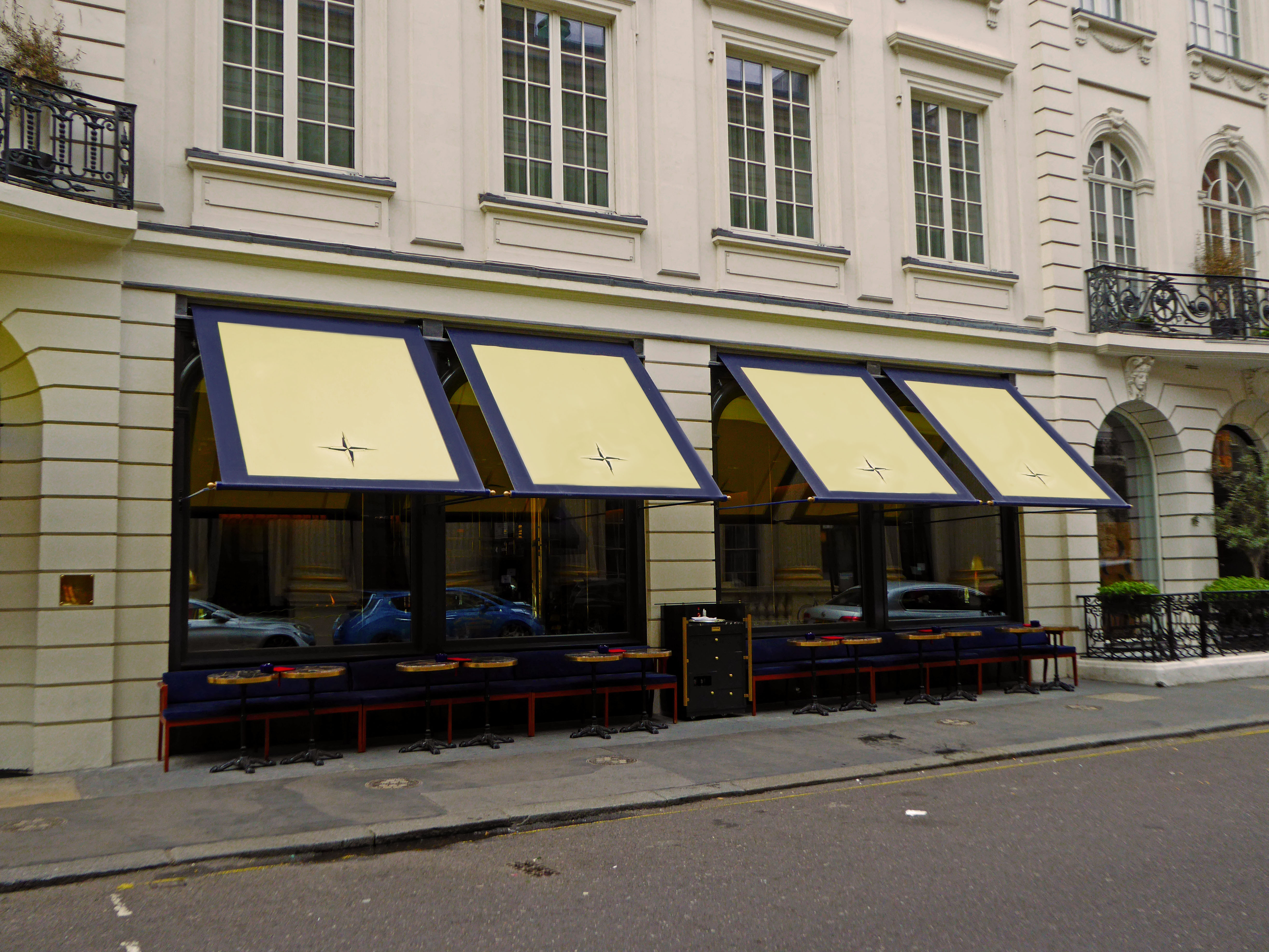 Isabel Greenwich awnings