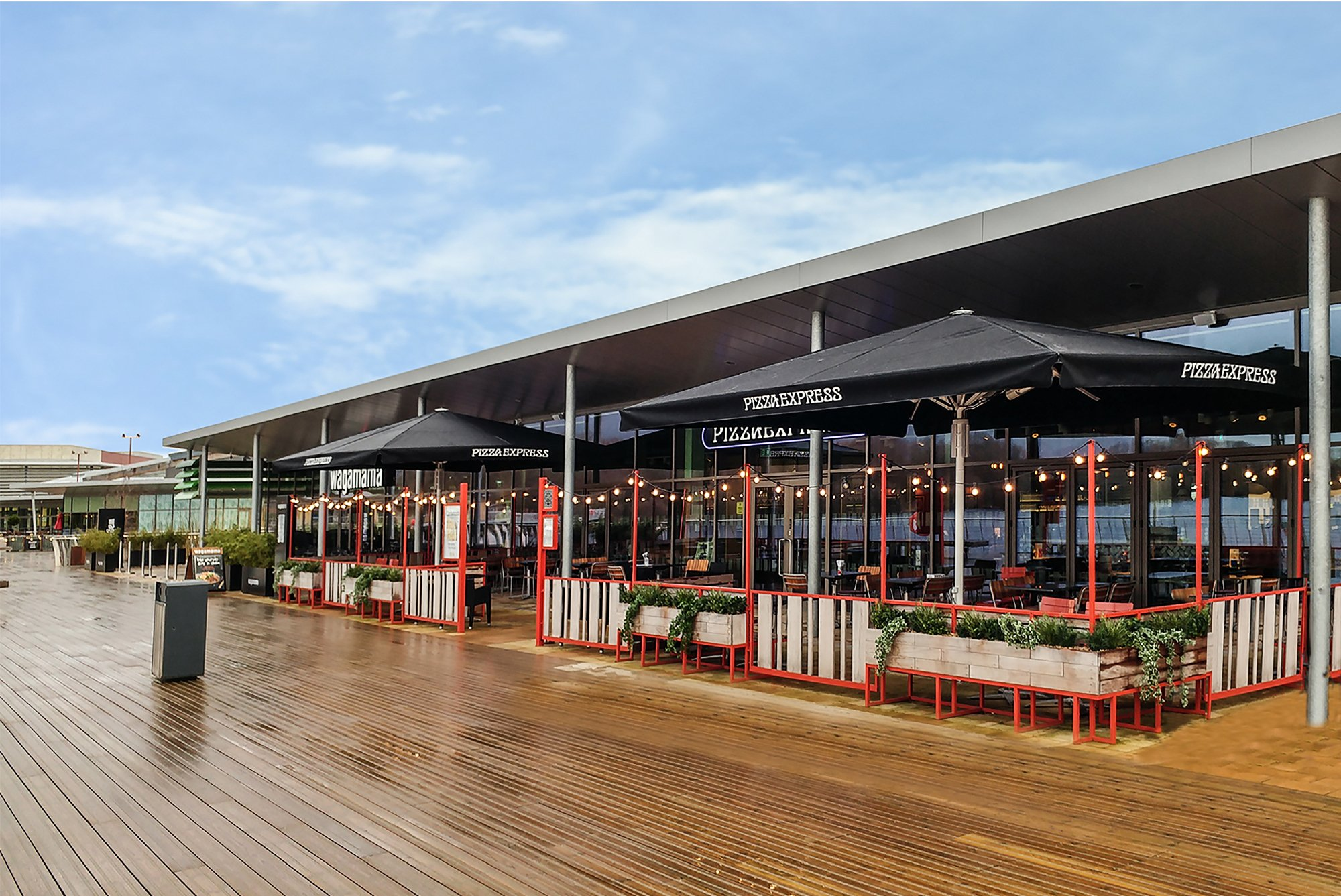 Tornado Parasols With Heaters At Pizzaexpress Morco Blinds