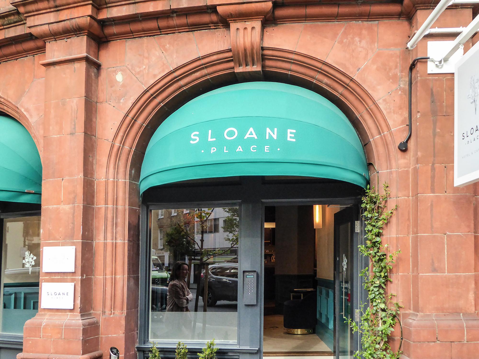 Sloane Club eyelid canopies