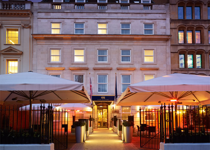 Morco bespoke awnings and parasols for Club Quarters hotel London