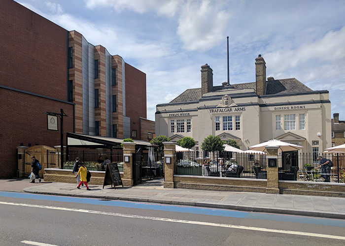 Fremantle Urban® Awning incorporating Bellfort® top awning for The Trafalgar Arms