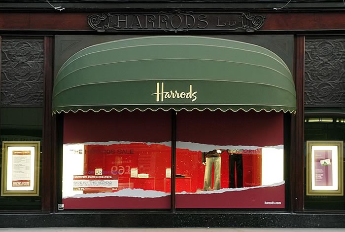 Harrods Iconic Rib BespokeR Shop Awning By Morco