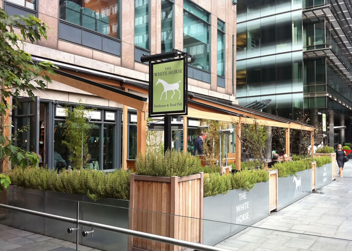 Bar terrace awning for The White Horse in Broadgate