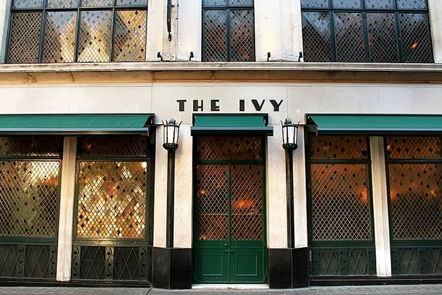 Traditional awning for the famous Ivy restaurant by Morco Awnings & Blinds