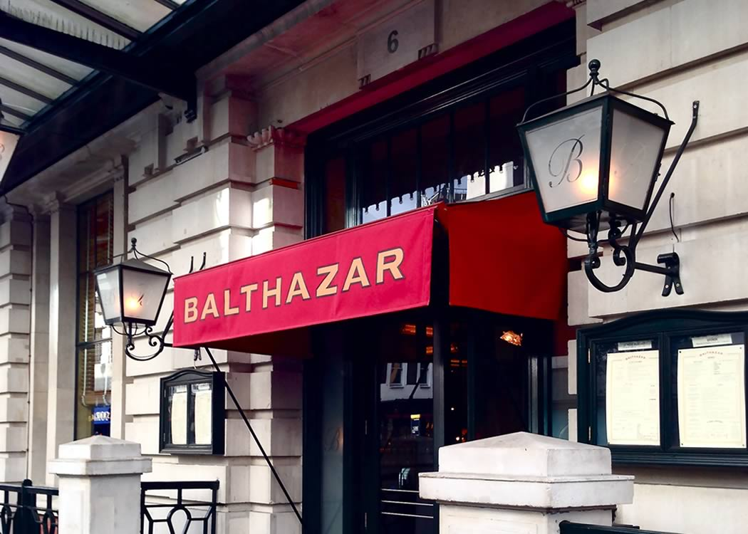 The Name In Restaurant Awnings And Cafe Awnings In London